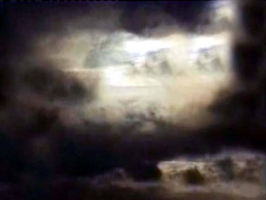 طوفان بادوباراں نے تپتا پشاور ٹھنڈ ا کردیا