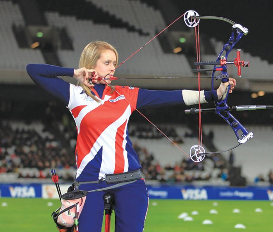 لندن،جرمنی اتھلیٹ ڈینیلنی براﺅن اولمپکس کے لئے جاری تربیتی کیمپ میں نشانہ باندھ رہی ہیں
