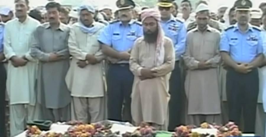 کامرہ حملہ : شہید آصف کو جہانیاں میں فوجی اعزاز کے ساتھ سپرد خاک کردیاگیا
