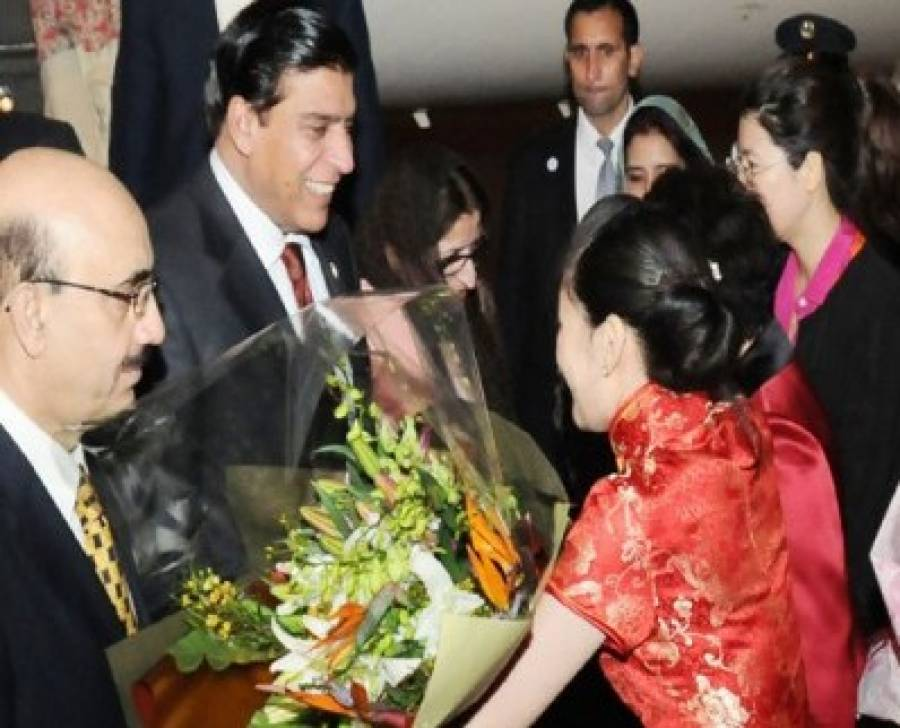 عالمی اقتصادی فورم:راجہ چین میں چیمپیئن بن پائیں گے؟
