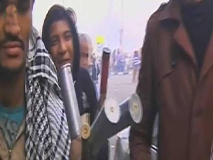 """مصر کاالتحریر سکوائر پھر"""" آباد"""" ہوگیا، مرسی کے خلاف احتجاج میں جج آپس میں گتھم گتھا"""
