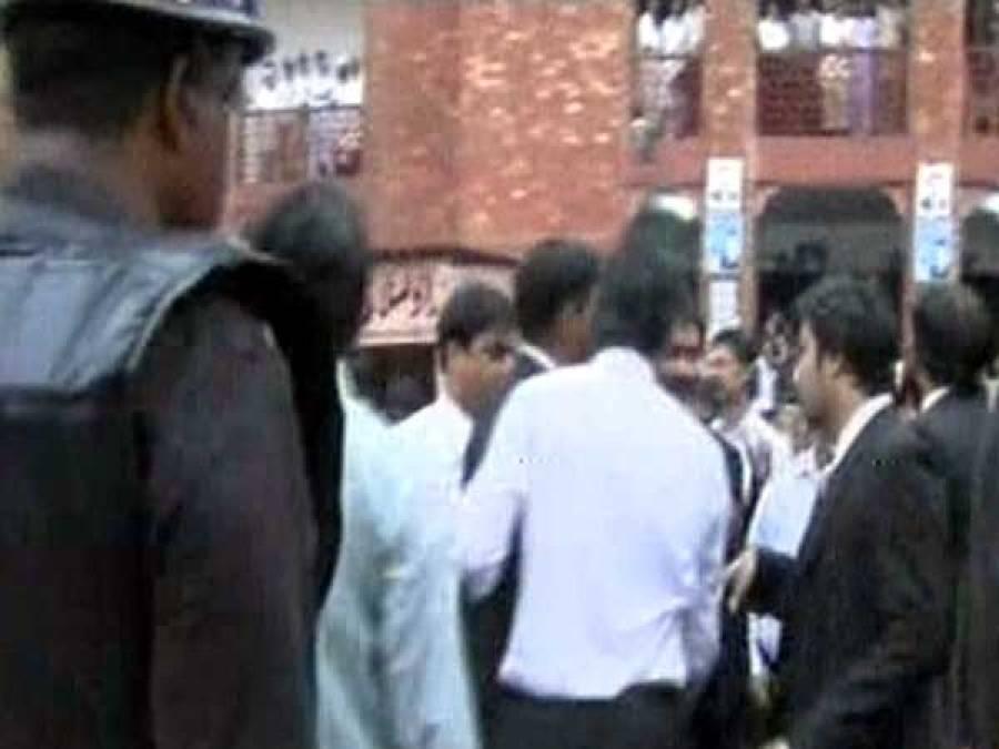 سانحہ بادامی باغ کے خلاف پنجاب میں وکلاءکا عدالتی بائیکاٹ