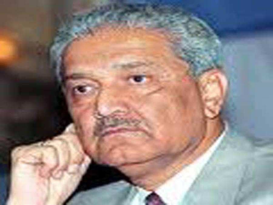 """پرویز مشرف نے الیکشن کمیشن سے """"توپ """"اور ڈاکٹر قدیر نے """"میزائل"""" مانگ لیا"""