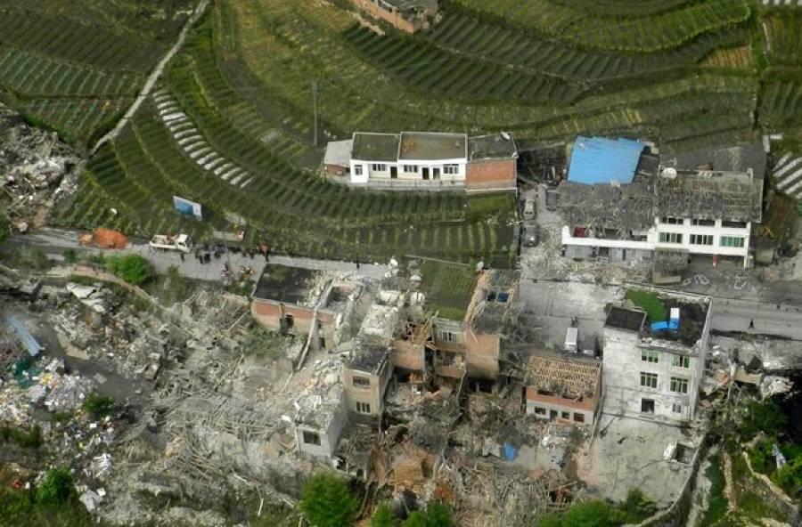 چین میں زلزلے سے ہلاکتیں 180 ، زخمیوں کی تعداد سات ہزار سے بڑھ گئی ،امدادی کاموں میں مشکلات
