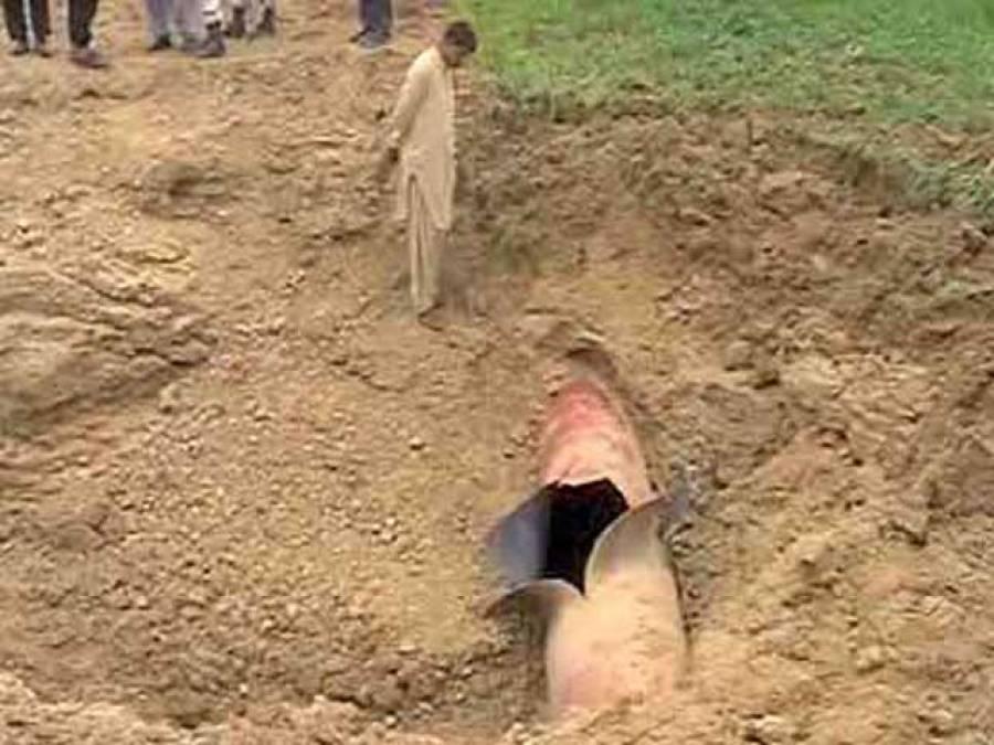 راجن پور میں گیس پائپ تباہ ، پنجاب اور سندھ کو سپلائی معطل