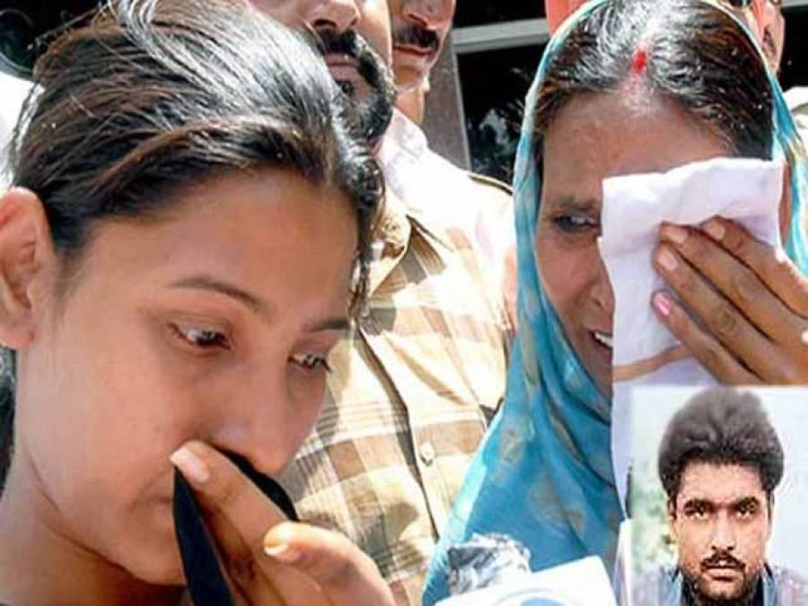 دہشت گرد سربجیت سنگھ کی لاش امرتسر منتقل ، بھارتی پنجاب میں تین روزہ سرکاری سوگ کااعلان ، پاکستانی حکومت کا رہائی کی اپلیوں پر توجہ نہ دینا افسوسناک ہے:من موہن سنگھ