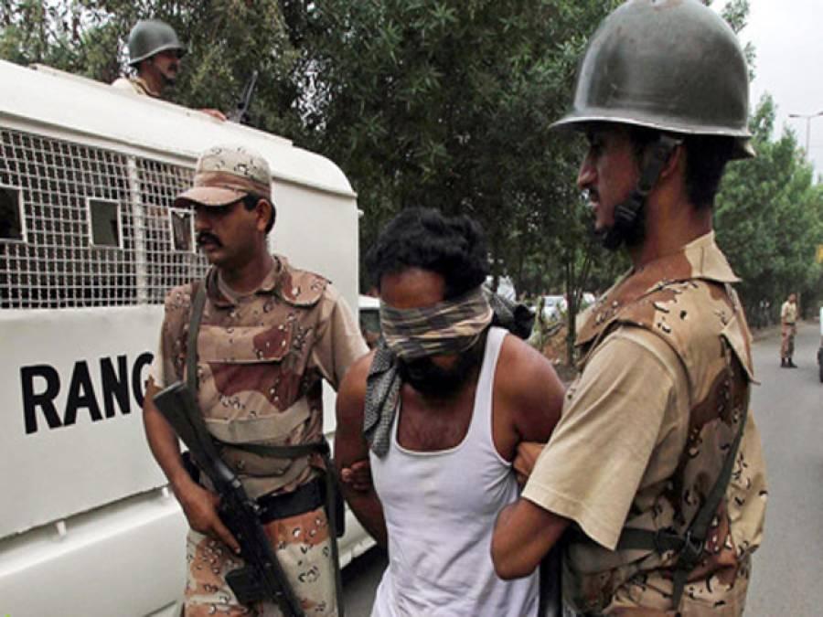 رینجرز کی کراچی کے مختلف علاقوں میں کارروائیاں ، 14بھتہ خور اور ٹارگٹ کلرز گرفتار