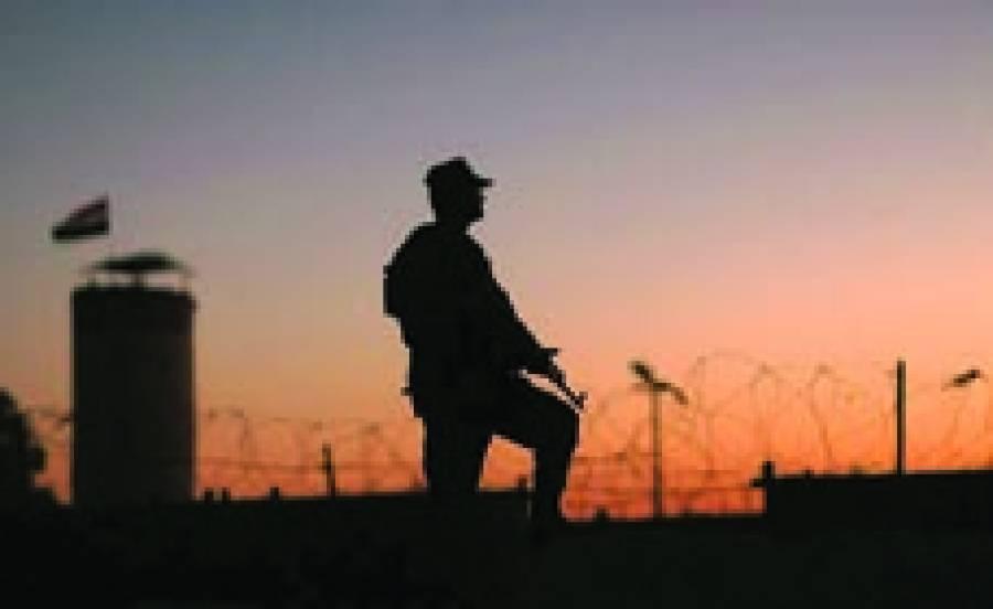 قاہرہ: مصری فوجی سرحد پر پہرہ دے رہا ہے