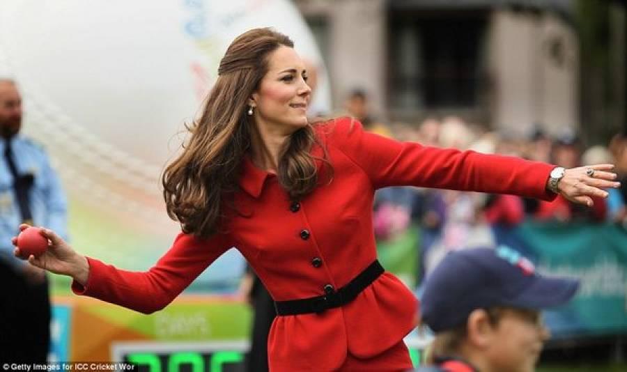 برطانوی شہزادی 'کیٹ ' شہزادہ ولیم کے فل ٹاس حملے سے بال بال بچ گئیں