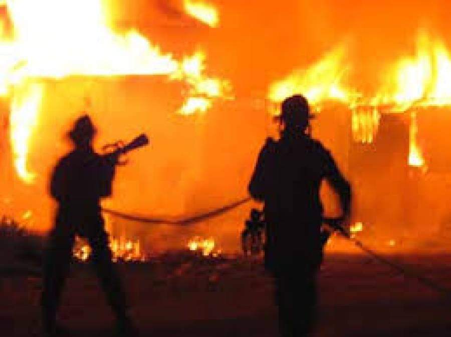 ٹنڈو الہ یار، تیز ہوا سے آگ لگ گئی، 100جھونپڑیاں جل گئیں