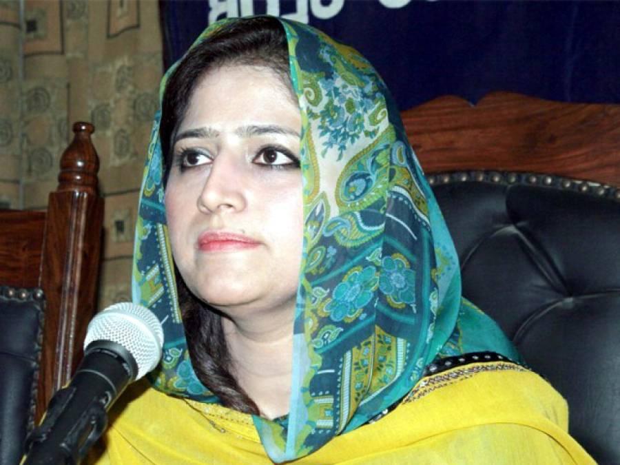 صوبائی وزیر روبینہ قائم خانی سے محکمہ سماجی بہبود کا قلمدان واپس لے لیا گیا