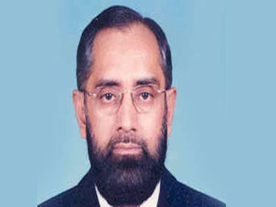 جسٹس انور ظہیر جمالی نے قائم مقام چیف الیکشن کمشنر کے عہدے کا حلف اٹھا لیا