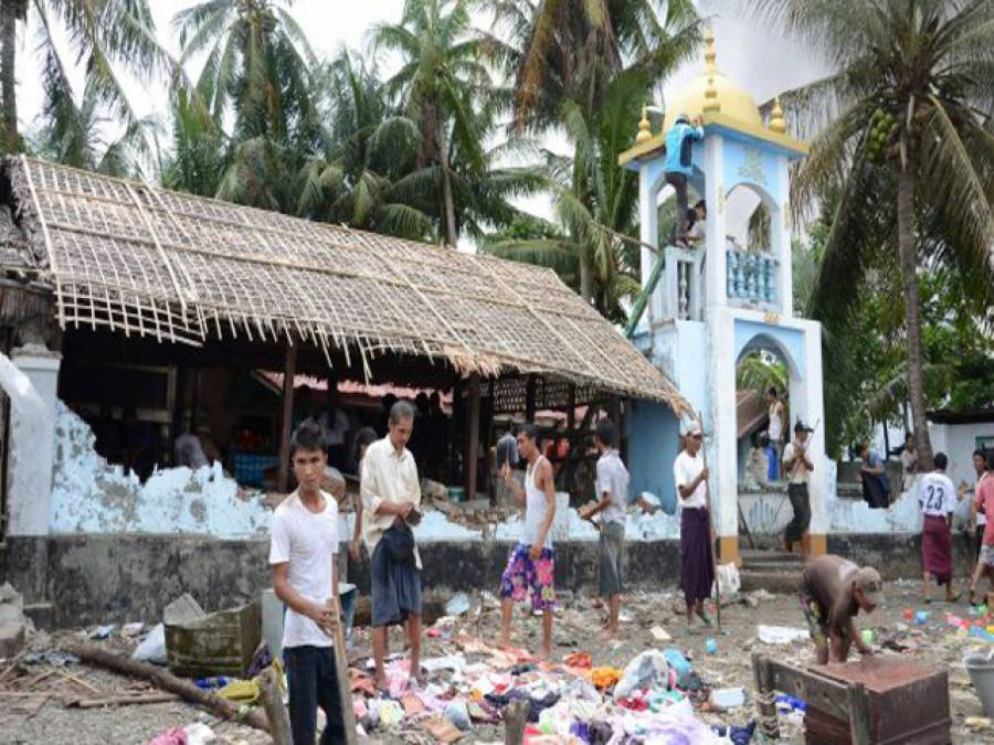 رمضان میں بھی برما میں مسلمانوں کی املاک نذرآتش، مسجد کو نقصان