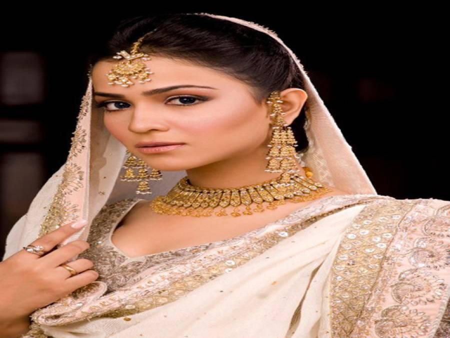 پاکستان کی سب سے زیادہ معاوضہ لینے والی اداکارہ ہوں : ہمائمہ ملک