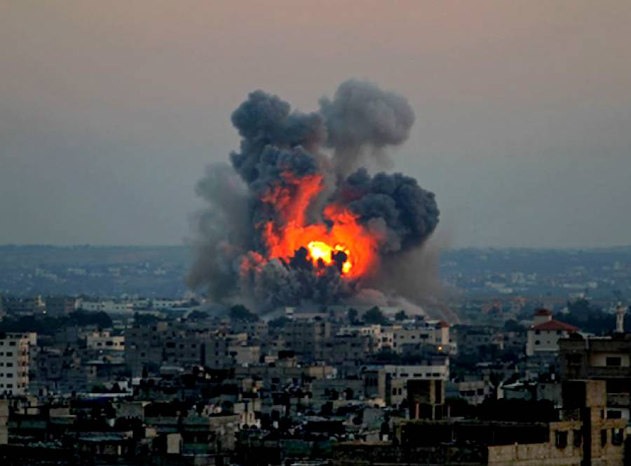 اسرائیلی طیاروں کی پوری رات غزہ پر بمباری