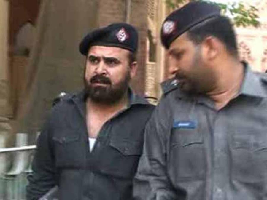 پاکستان عوامی تحریک کے گرفتار رہنما نے پولیس اہلکاروں کو ماموں بنا ڈالا