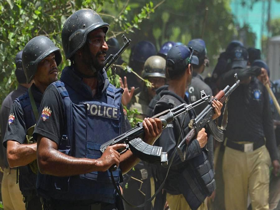 منہاج القرآن پر پولیس کی پھر چڑھائی ، راستے سیل ، طاہرالقادری کے گھراورمرکزی سیکریٹریٹ کا گھیراﺅ،اتحادیوں کااہم اجلاس طلب ، کفن باندھ کر نکلے ہیں : ڈاکٹرطاہرالقادری