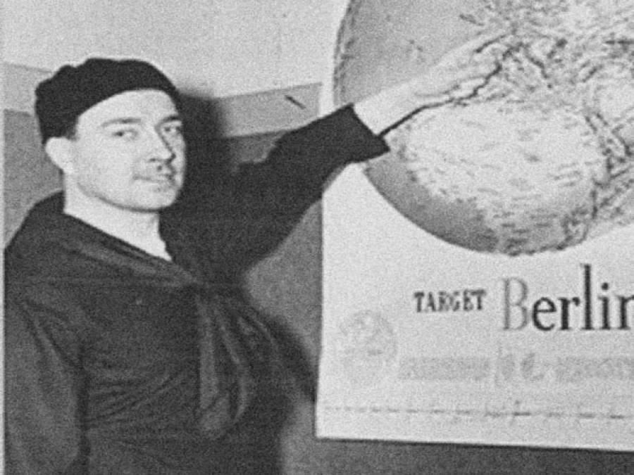 ہٹلر کی خفیہ ڈائری منظر عام پر آگئی
