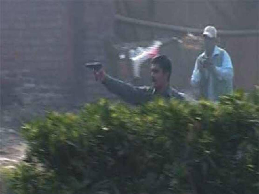 """تحریک انصاف سے نمٹنے کیلئے 136 سپیشل """"شیرو"""" فیصل آباد حادثےکے ذمے دار تو نہیں؟"""