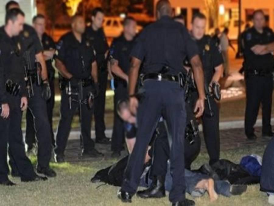 امریکی پولیس بھی بے لگام، سالانہ 400 افراد قتل کرنے لگی