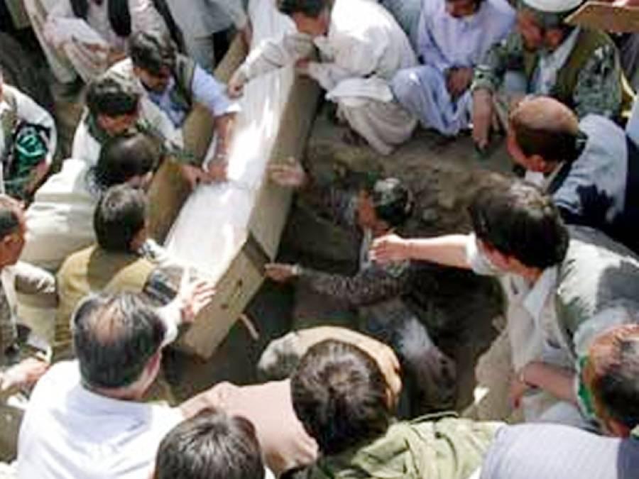 سانحہ پشاور: متاثرہ والدین حکومت کے بجائے مدد کیلئے فوج کو پکارتے رہے