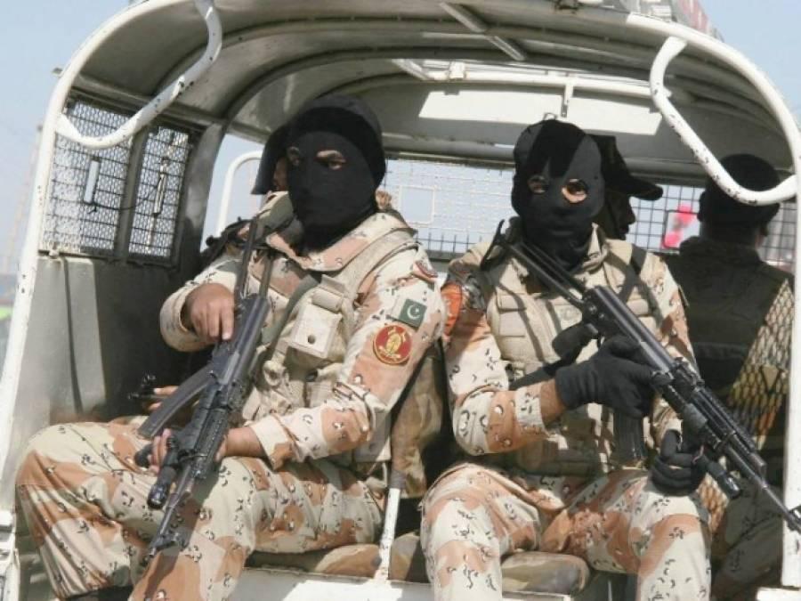 منگھو پیر کے علاقے میں رینجرز اور دہشت گردوں کے درمیان فائرنگ کا تبادلہ