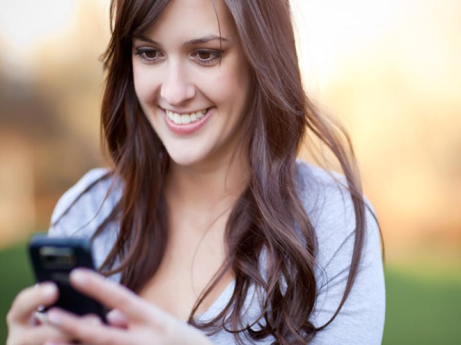 کنواری خواتین کیلئے دلچسپ خوشخبری، موبائل ایپ نے مردوں کا پتہ کاٹ دیا