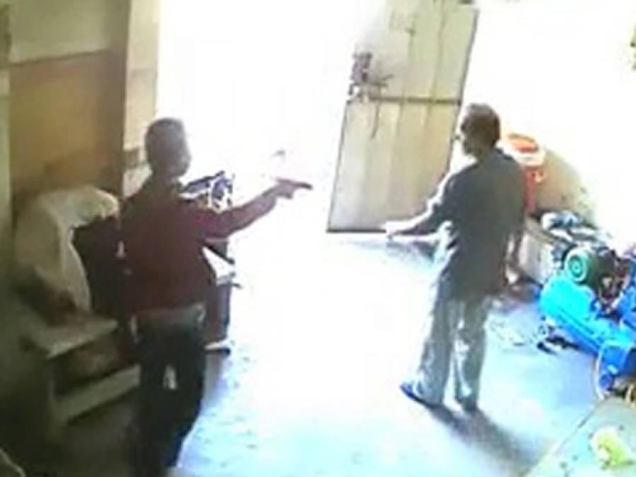 عدالت نے فیکٹری سپروائزر کو قتل کرنے والے ملزم عبدالرحیم کو 14رو ز ہ جسمانی ریمانڈ پر پولیس کے حوالے کر دیا