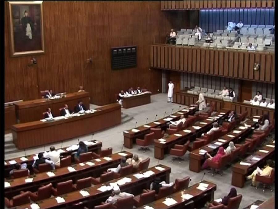 چیئرمین سینیٹ کیلئے جوڑ توڑ جاری ، سیاسی جماعتوں کے رابطے عروج پر