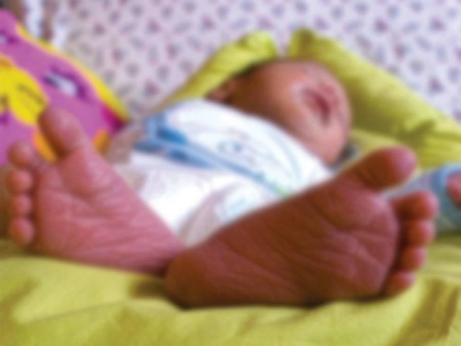 سول ہسپتال کے بیت الخلا میں بچی کی پیدائش، رپورٹ طلب