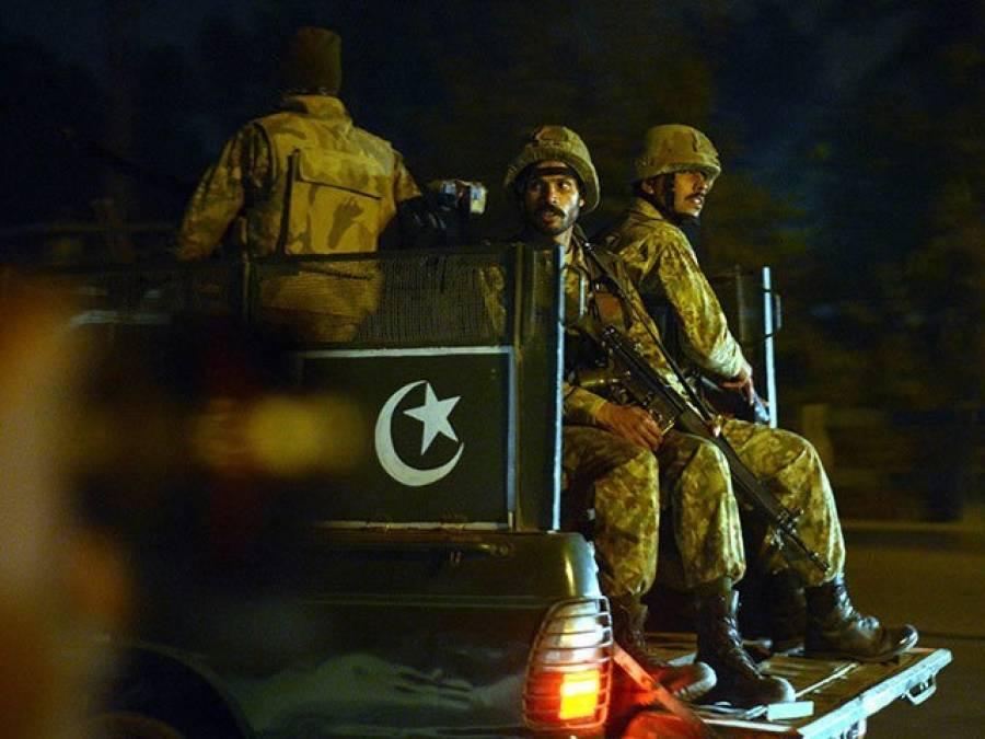 صوبائی دارالحکومت میں بلدیاتی انتخابات'پاک فوج کا حساس پولنگ سٹینشنز والے علاقوں میں گشت
