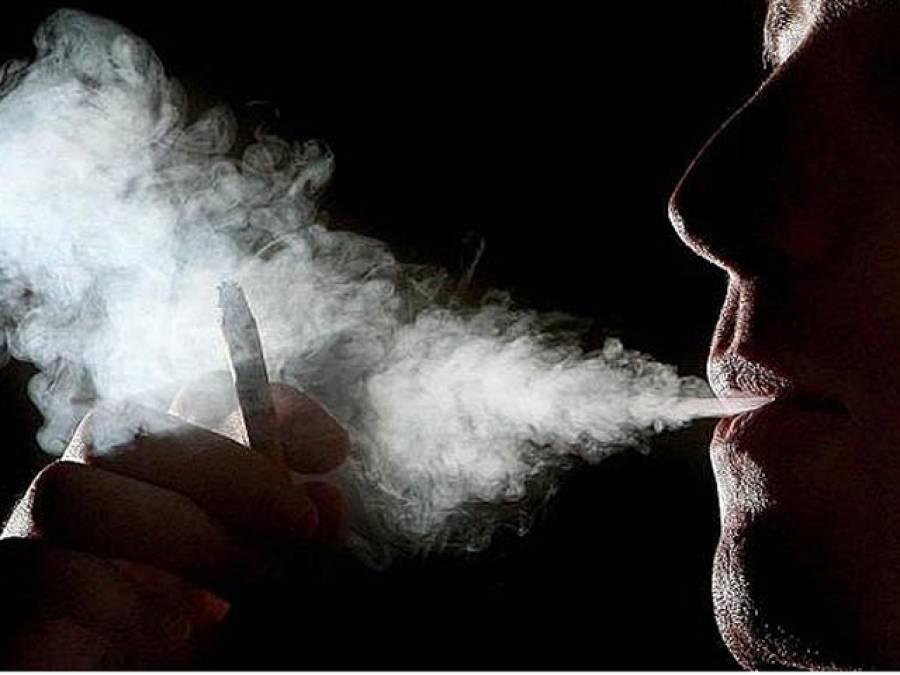 یہ کھانے کھائیں اور تمباکو نوشی سے جان چھڑائیں،وہ قدرتی چیزیںجوآپ کو نشے سے چھٹکارا پانے میں مدد دیتی ہیں
