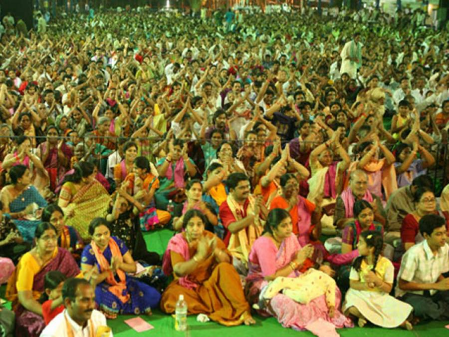 اونچی آواز میں پوجا کے شور سے کویتی اضطراب میں آ گئے ، شکایت پر 11بھارتی ہندو گرفتار