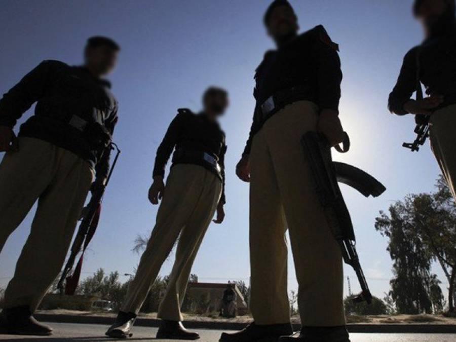 پولیس کا سرچ آپریشن، 23افراد گرفتار، اسلحہ قبضہ میں لے لیا گیا