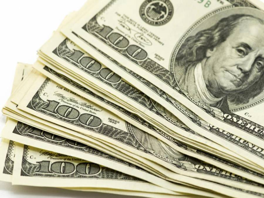 اوپن مارکیٹ میں ڈالر 30 پیسے مہنگا،107 روپے 80 پیسے کا ہوگیا