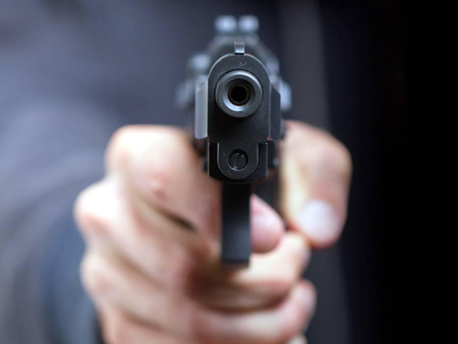 کراچی میں شوہر نے غیرت کے نام پر فائرنگ کر کے بیوی کو موت کے گھاٹ اتار دیا