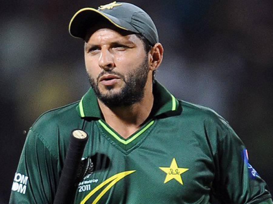پاکستان کیلئے زیرو، بی پی ایل میں ہیرو، آفریدی بنگلہ دیش پریمیئر لیگ میں باولرز پر قہر بن کر ٹوٹ پڑے، عامر نے واپسی کا راستہ دکھایا