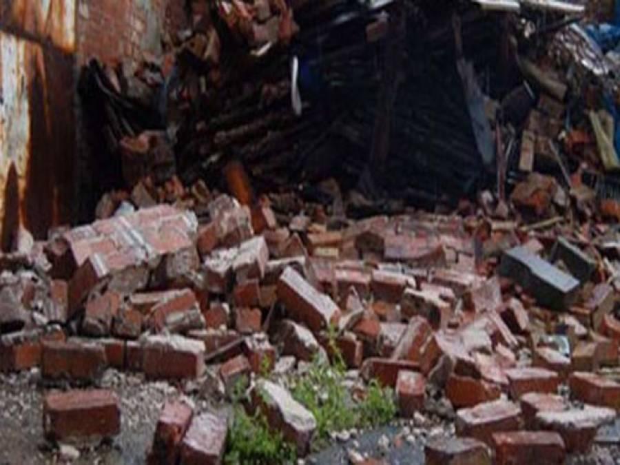 گوجرانوالہ: فیکٹری میں 4 دھماکے ، چھت گرگئی،ایک جاں بحق، 32 افراد زخمی، ریسکیو آپریشن جاری