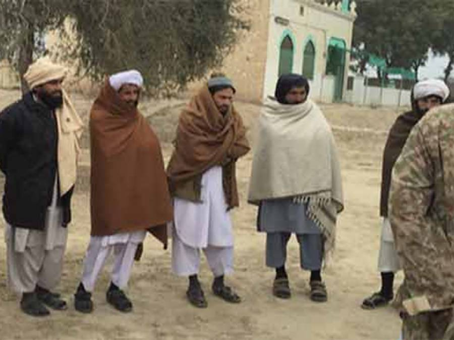 ڈیراہ اسماعلی خان میں کالعدم تحریک طالبان کے 25ارکان نے فوج کے سامنے ہتھیار ڈال دیئے