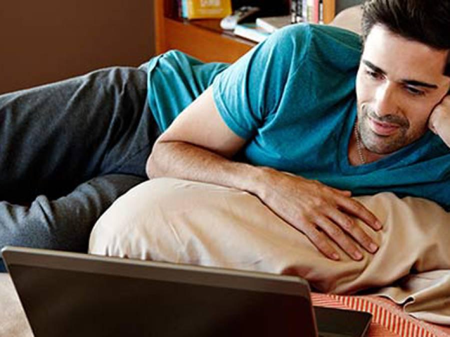 انٹرنیٹ پر ہر طرح کی فلمیں اور ڈرامے بالکل مفت دیکھنے کا آسان ترین طریقہ جس نے فلمیں بنانے والوں کی نیندیں اڑادیں