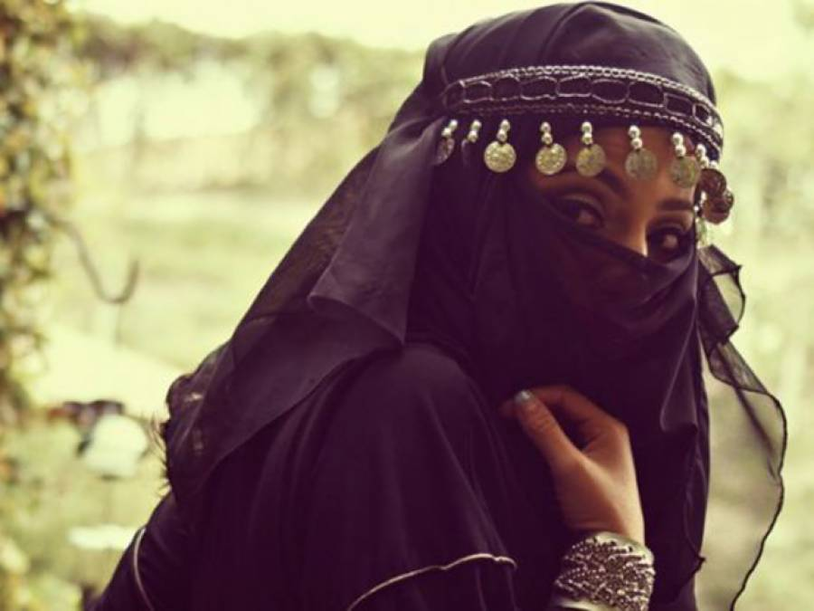 فحش فلموں کی واحد پاکستانی اداکارہ نے ایسی بات کہہ دی کہ مسلمانوں کو غصہ دلادیا، ساتھ ہی پاکستان میں اپنے خاندان کے بارے میں ناقابل یقین انکشاف بھی کردیا