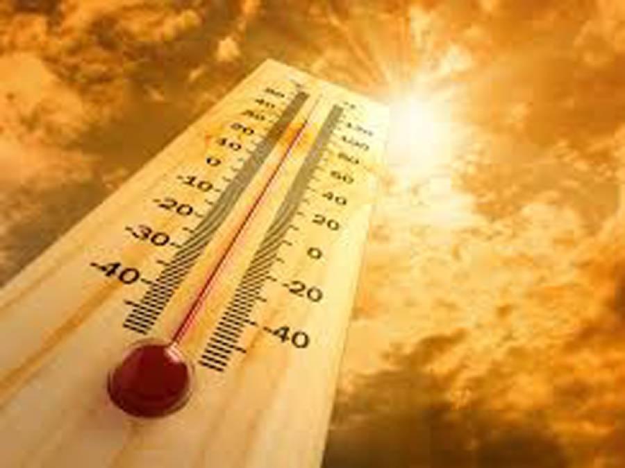 کراچی :گرمی کی شدت میں اضافہ ، درجہ حرارت 30 ڈگری ہوگیا