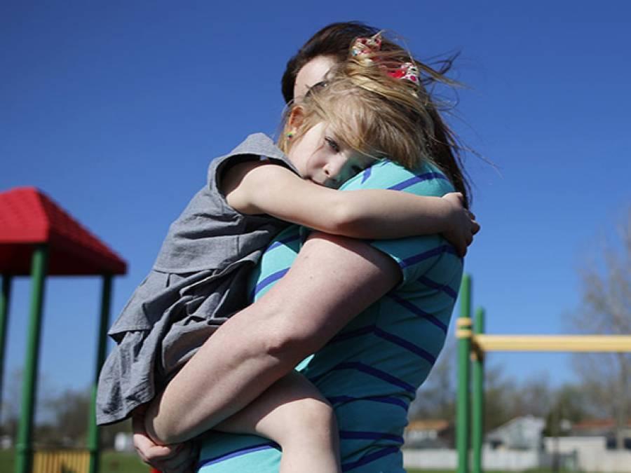 امریکہ میں 50 لاکھ بچوں کے والدین میں سے کوئی ایک جیل میں ہے: تحقیق