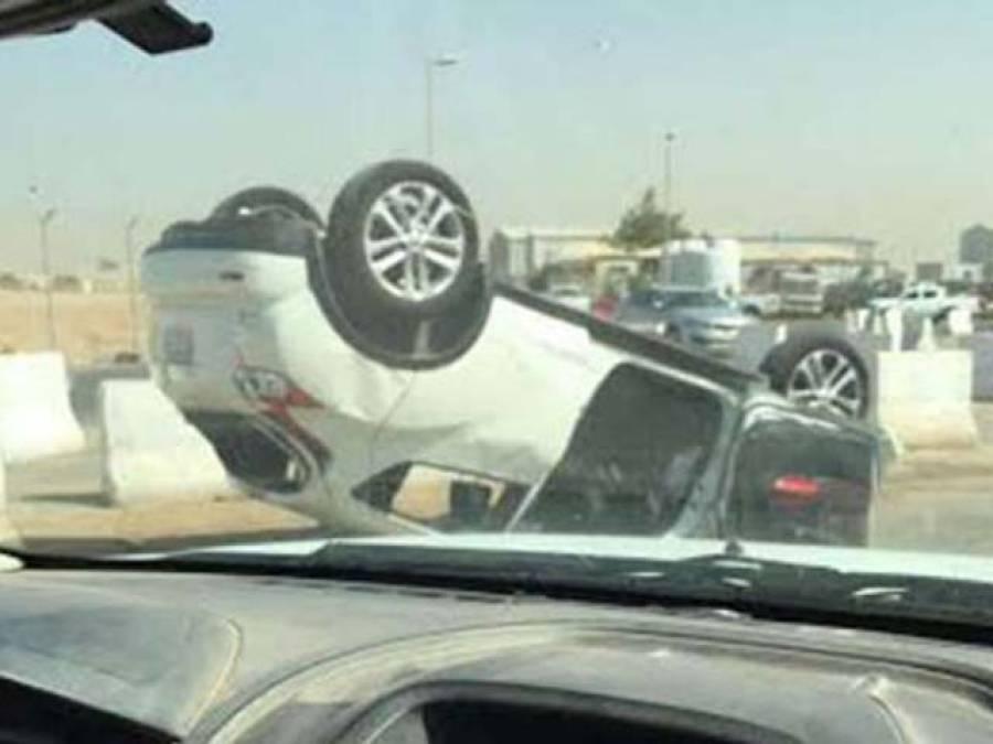 سعودی عرب میں کمپنی منیجرنے احتجاجی ملازمین پر گاڑی چڑھا دی، ایک ورکر موقع پر ہی دم توڑ گیا ،دوسرا شدید زخمی