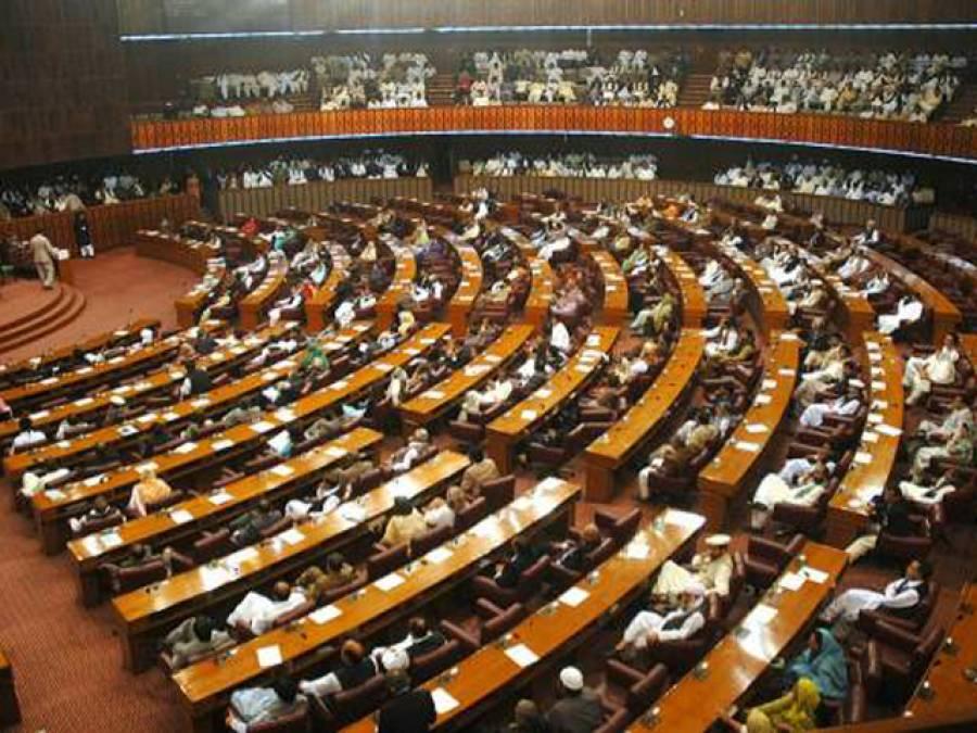 """""""پاکستان میں گدھے زیادہ ہوگئے، برآمد کئے جائیں"""" قومی اسمبلی میں تجویز"""