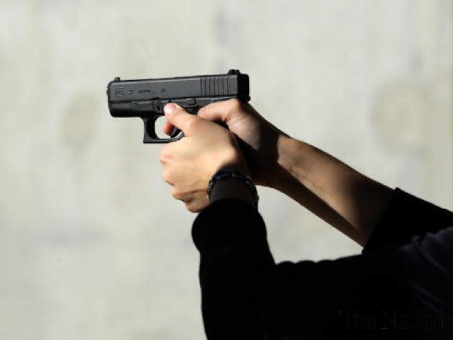 شادی میں تاخیر پر منگیتر نے لڑکی کے والدین کوقتل کردیا ،ملزم لڑکی کیساتھ فرار: پولیس