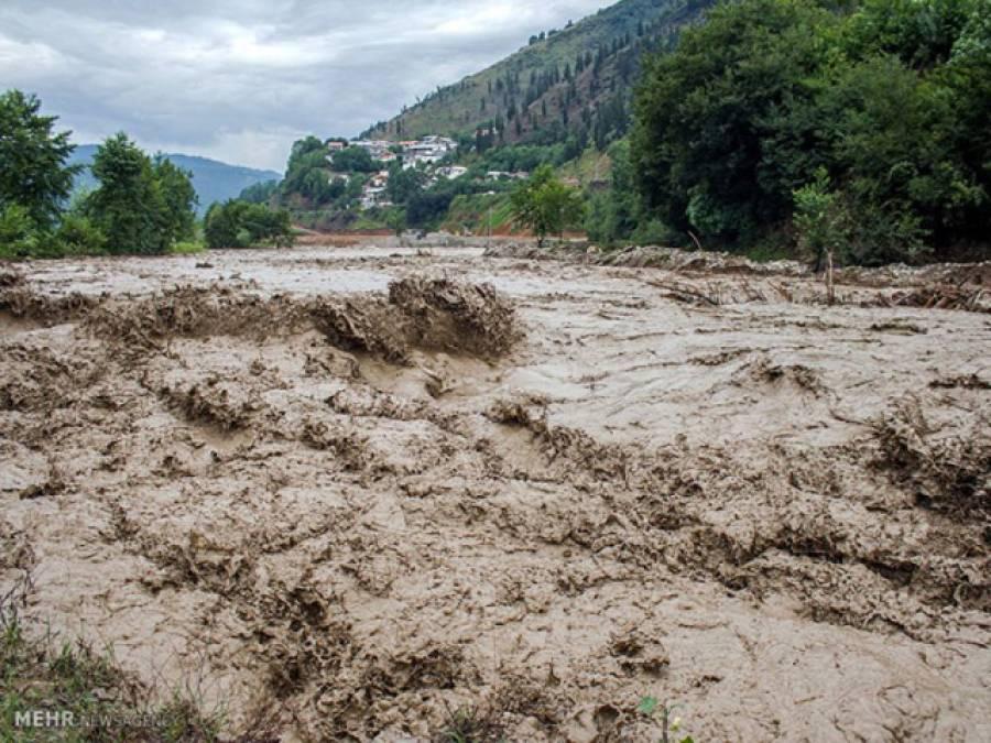 سیلاب کی تباہ کاریاں جاری،جھنگ میں 60دیہات ڈوب گئے،کئی علاقوں میں ریڈ الرٹ،لوگوں کی نقل مکانی،بڑا ریلا آج ملتان پہنچے گا