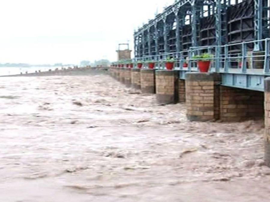جھنگ 'بارش سے تباہی جاری ، چناب میں طغیانی ، 60سے زائد دیہات زیر آب