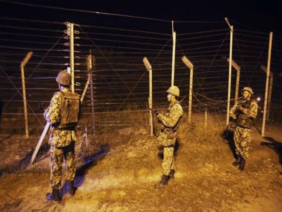 انڈین آرمی کے کیمپ پر حملہ،2 فوجی اہلکار ہلاک، 5 زخمی، 2 حملہ آور مارے گئے، 4 فرار، سرچ آپریشن جاری