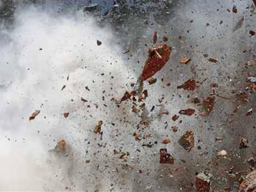 پشاور میں تھانہ داﺅد زئی کے علاقے میں دھماکا ،پولیو ٹیم کی سیکیورٹی پر مامور پولیس اہلکار شہید